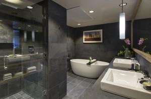 HyattTahoe_Presidential Bathroom2